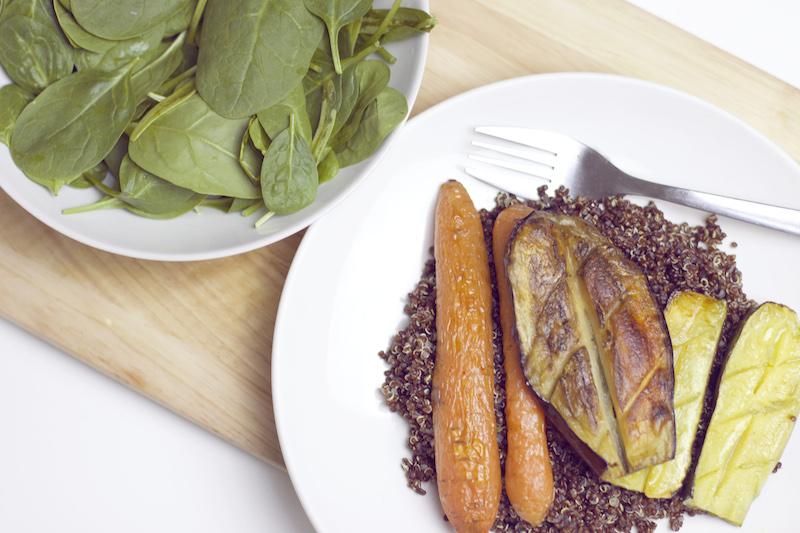 Quinoa rouge légumes rotis