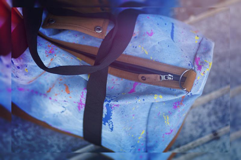 sac bleu et peinture mi pac
