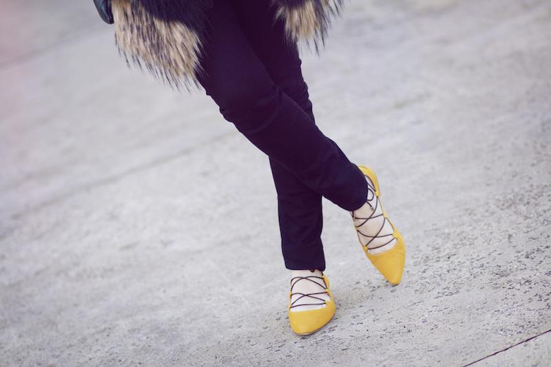 ballerines lacées jaunes