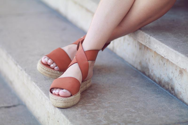 sandales camel BTLondon