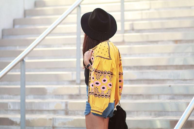 blog mode veste jaune brodée