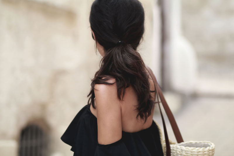 off shoulder blog mode