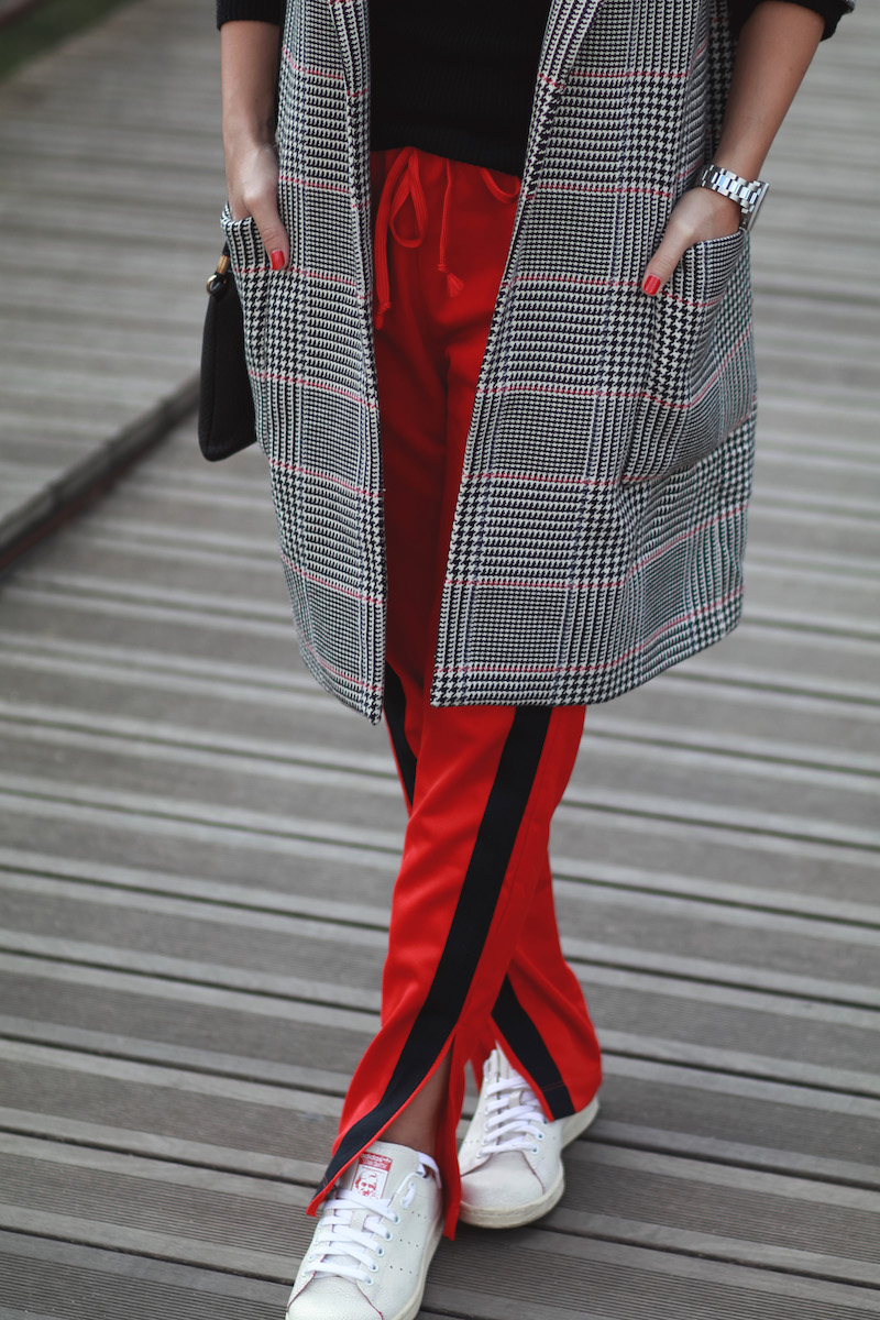 pantalon-jogging-rouge-zara