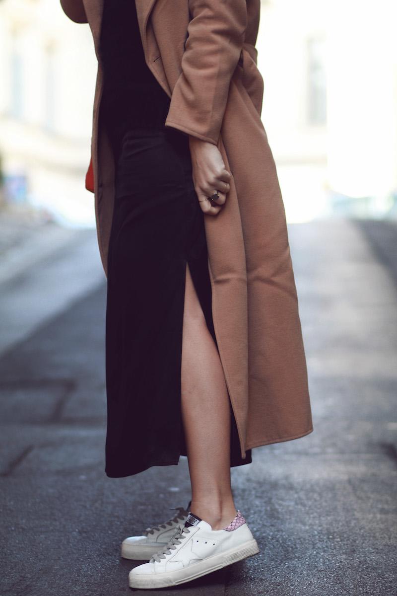 robe-noire-longue-golden-goose