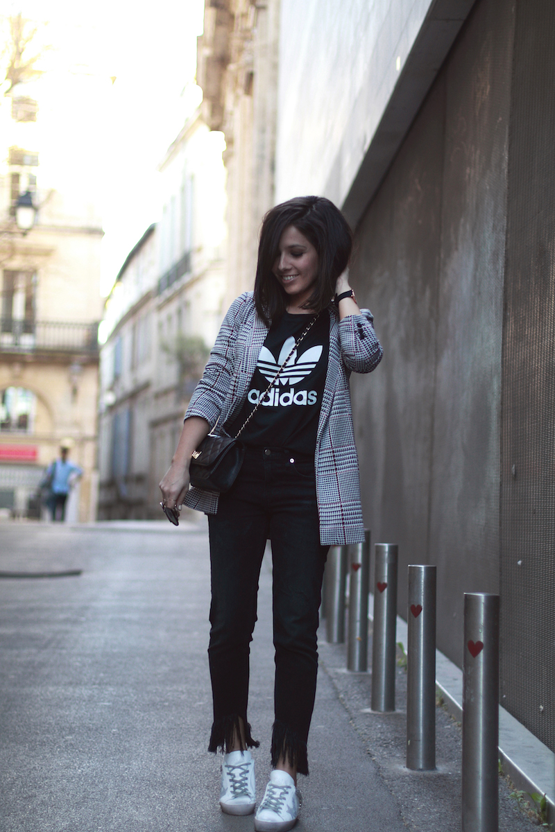 blog-mode-idée-look-t-shir-adidas-blazer-prince-de-galle