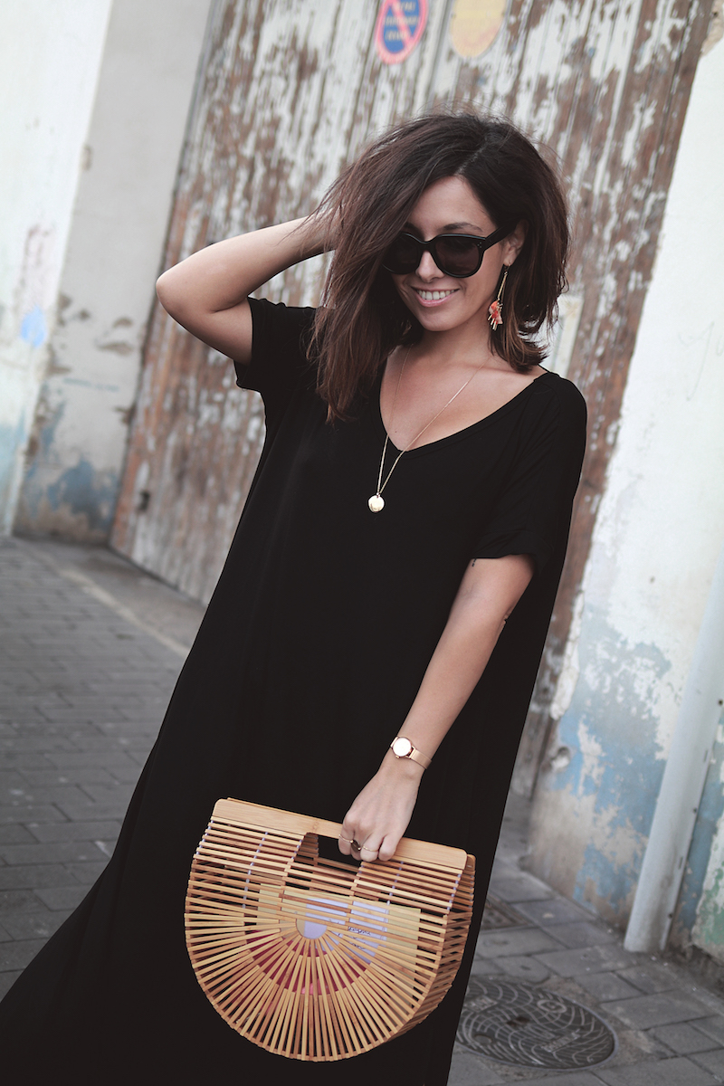 blog-mode-comment-porter-robe-noire-longue
