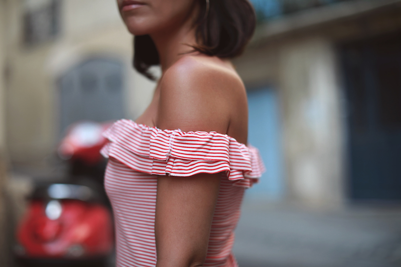 blog-mode-robe-volants-rayée-bardot-off-shoulder